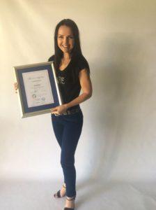 Laurette Batstone SOSTAC®  Certified Planner 2016 - holding the certificate